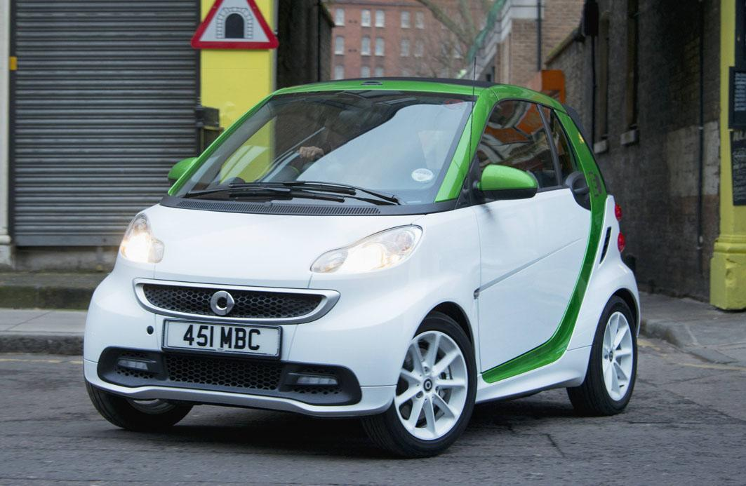 Smart Fortwo Electric Drive white