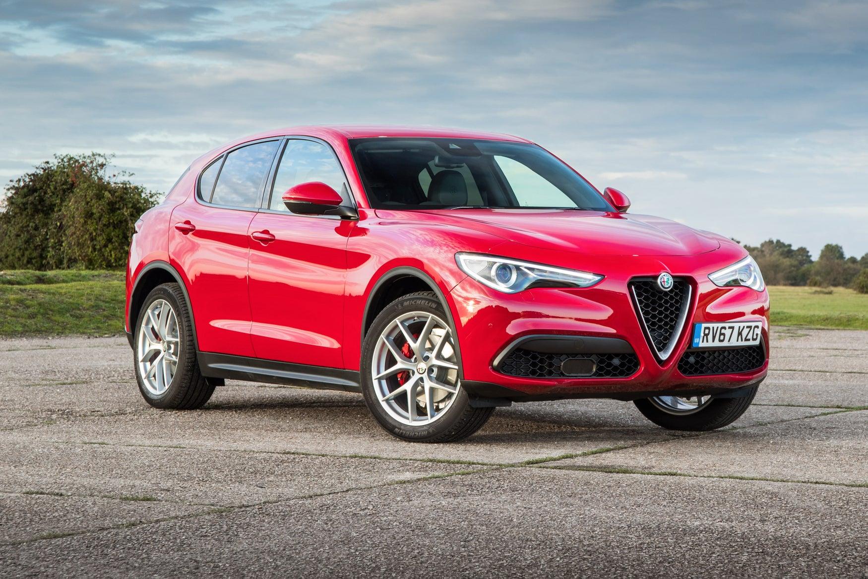 Alfa Romeo Stelvio Exterior Front