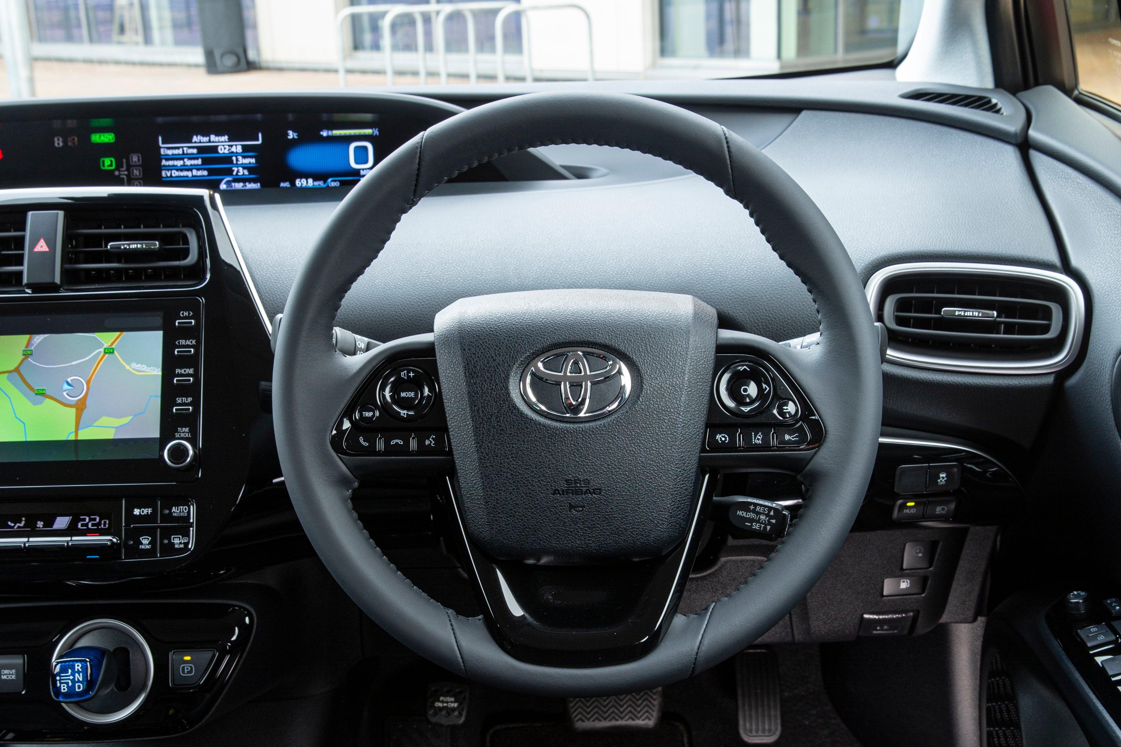 Toyota Prius Plus Plug-in Steering Wheel