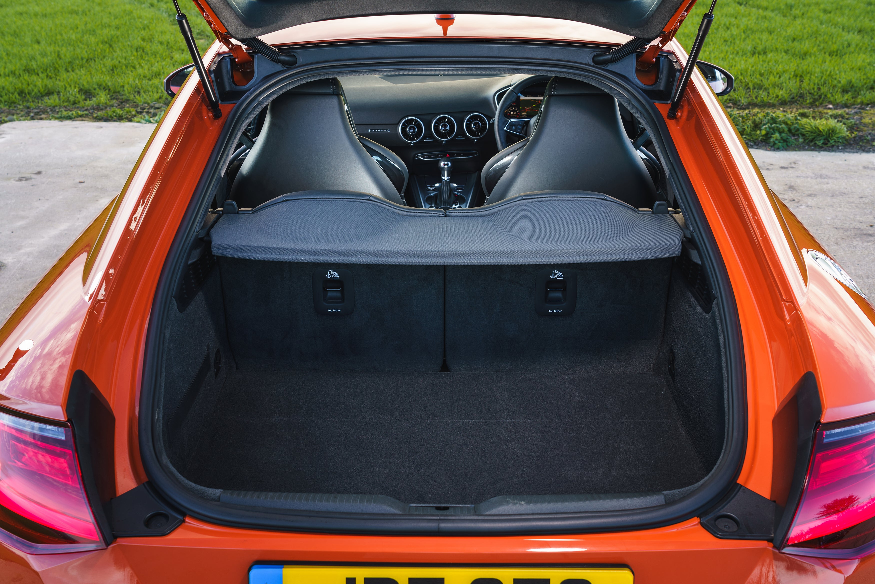 Audi TT Boot