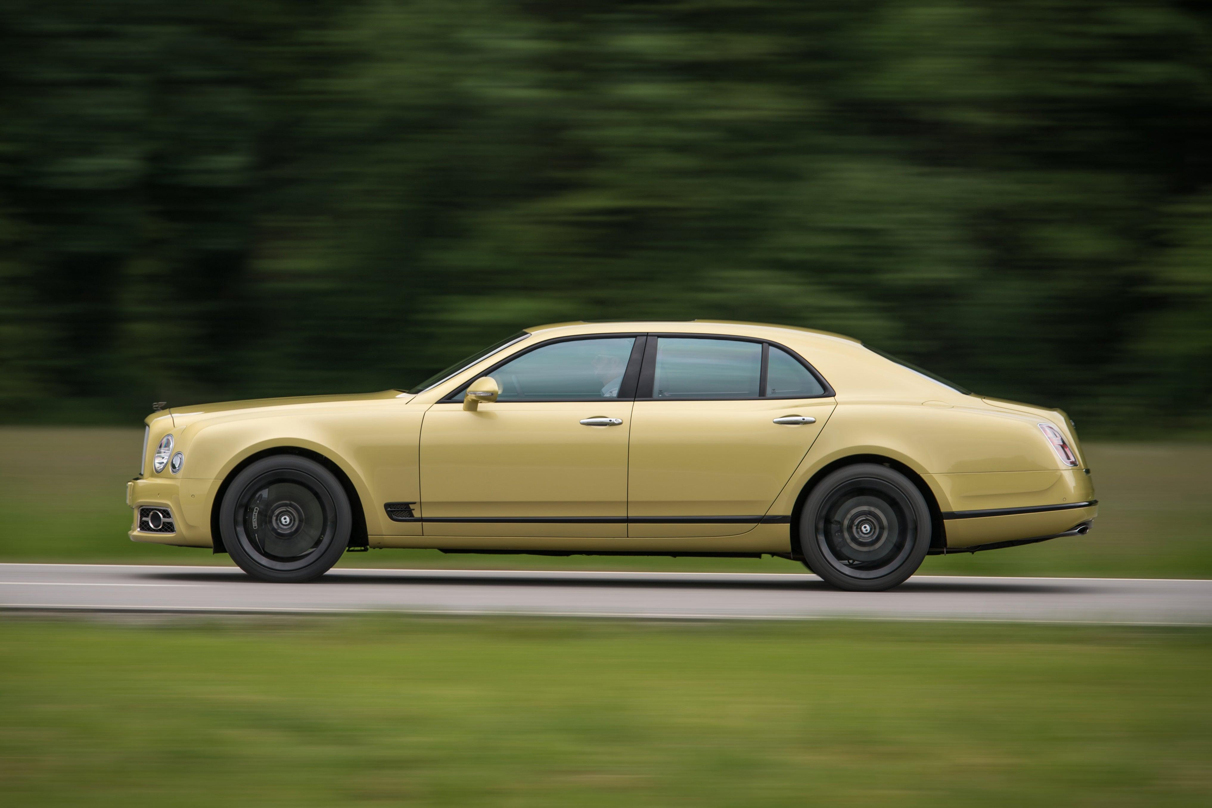 Bentley Mulsanne profile