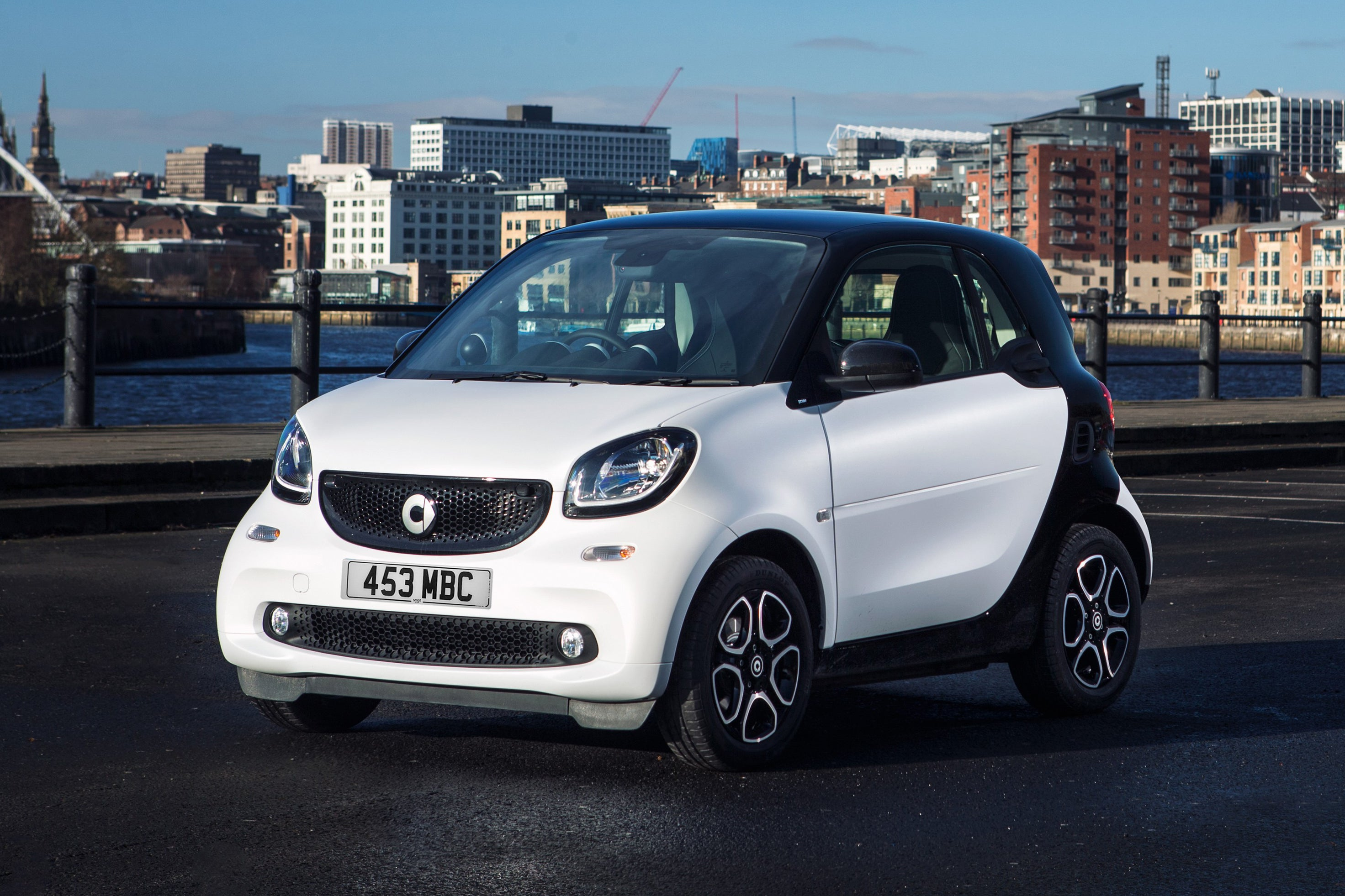 Smart Fortwo Front Side View