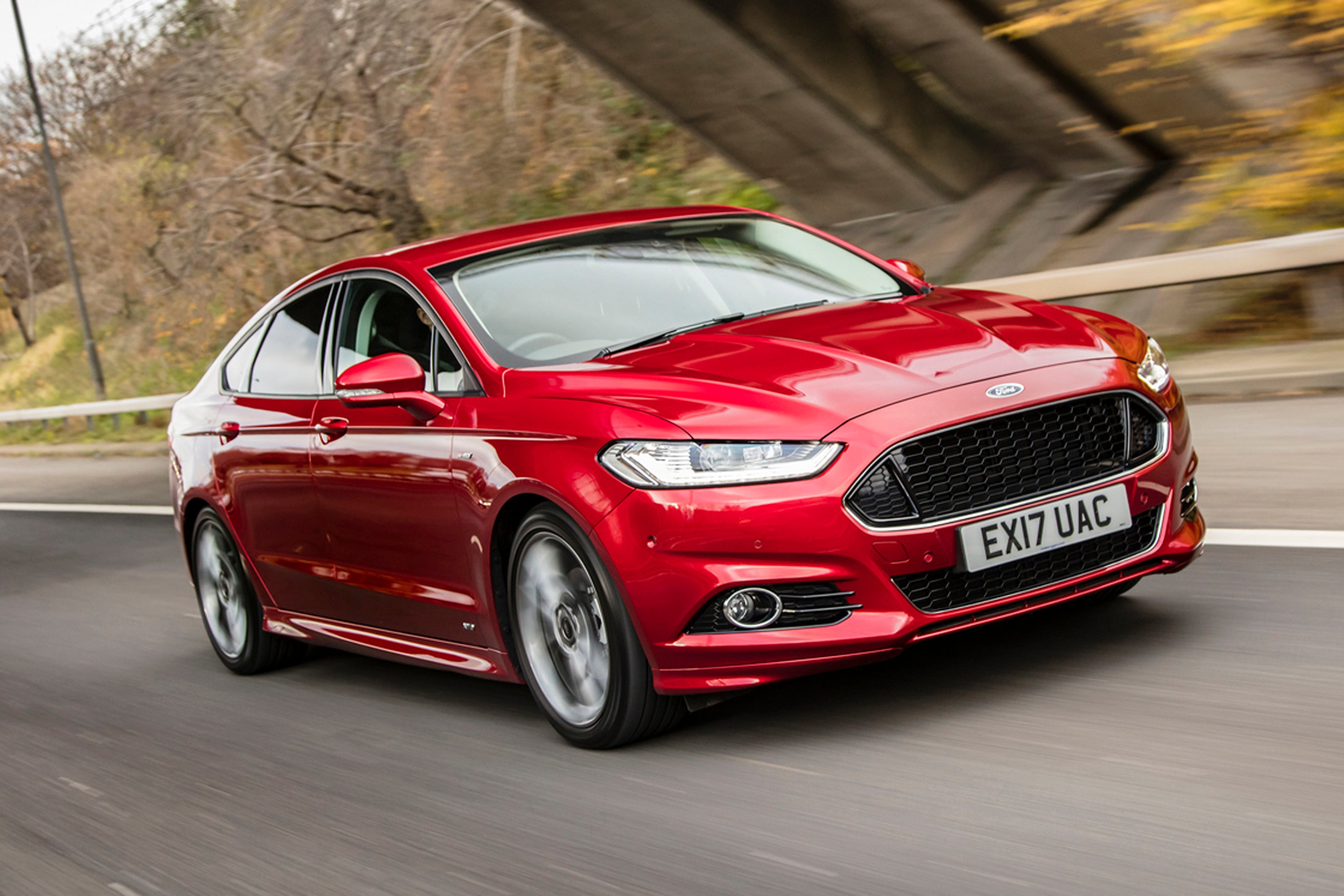 Ford Mondeo Driving