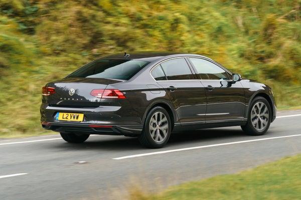 Volkswagen Passat Rear Side View