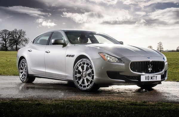 Maserati Quattroporte frontright exterior