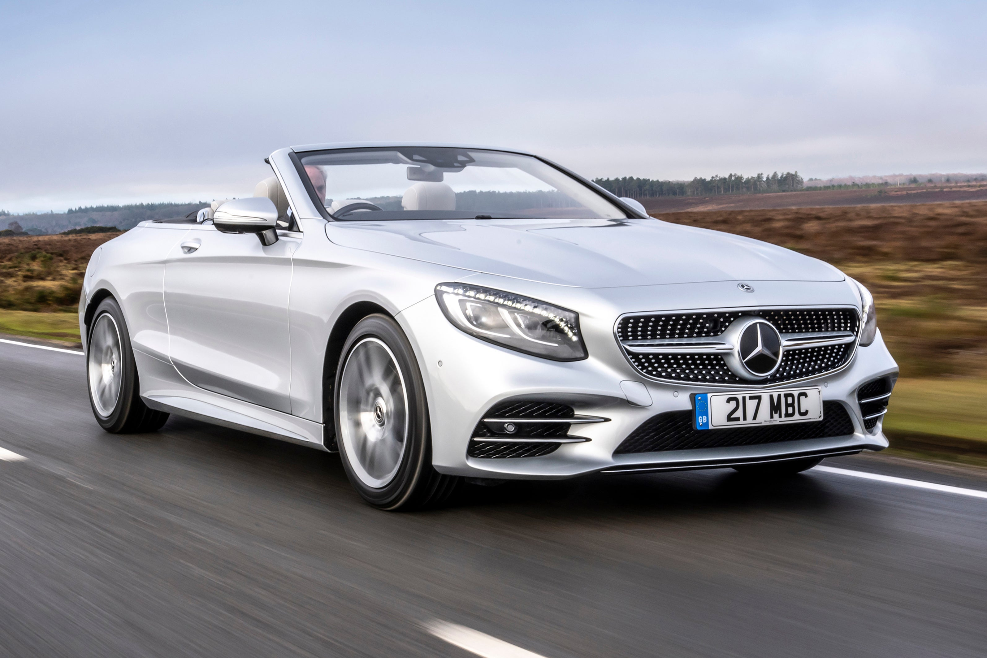 Mercedes S-Class Cabriolet frontright exterior