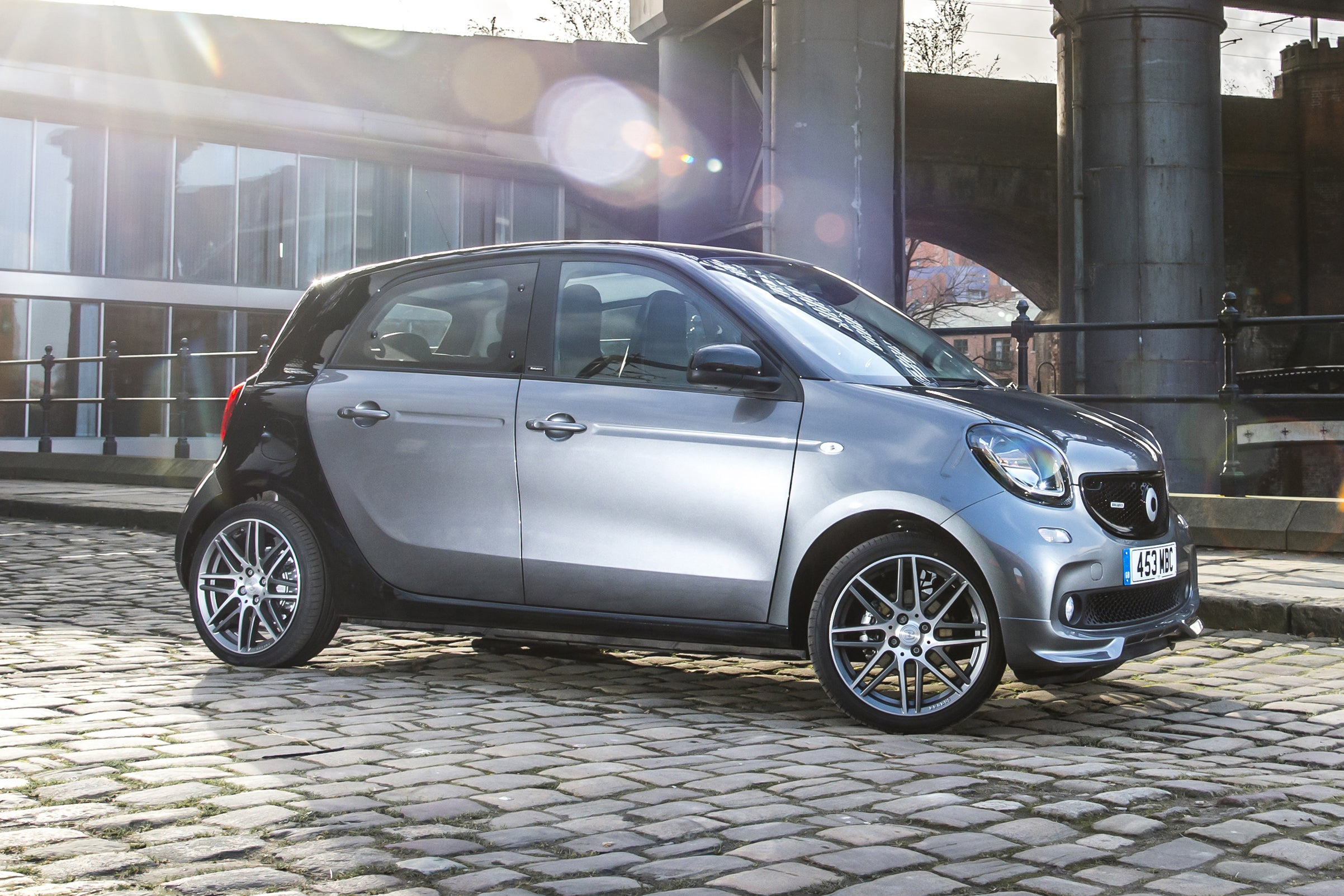 Smart Forfour Right Side View