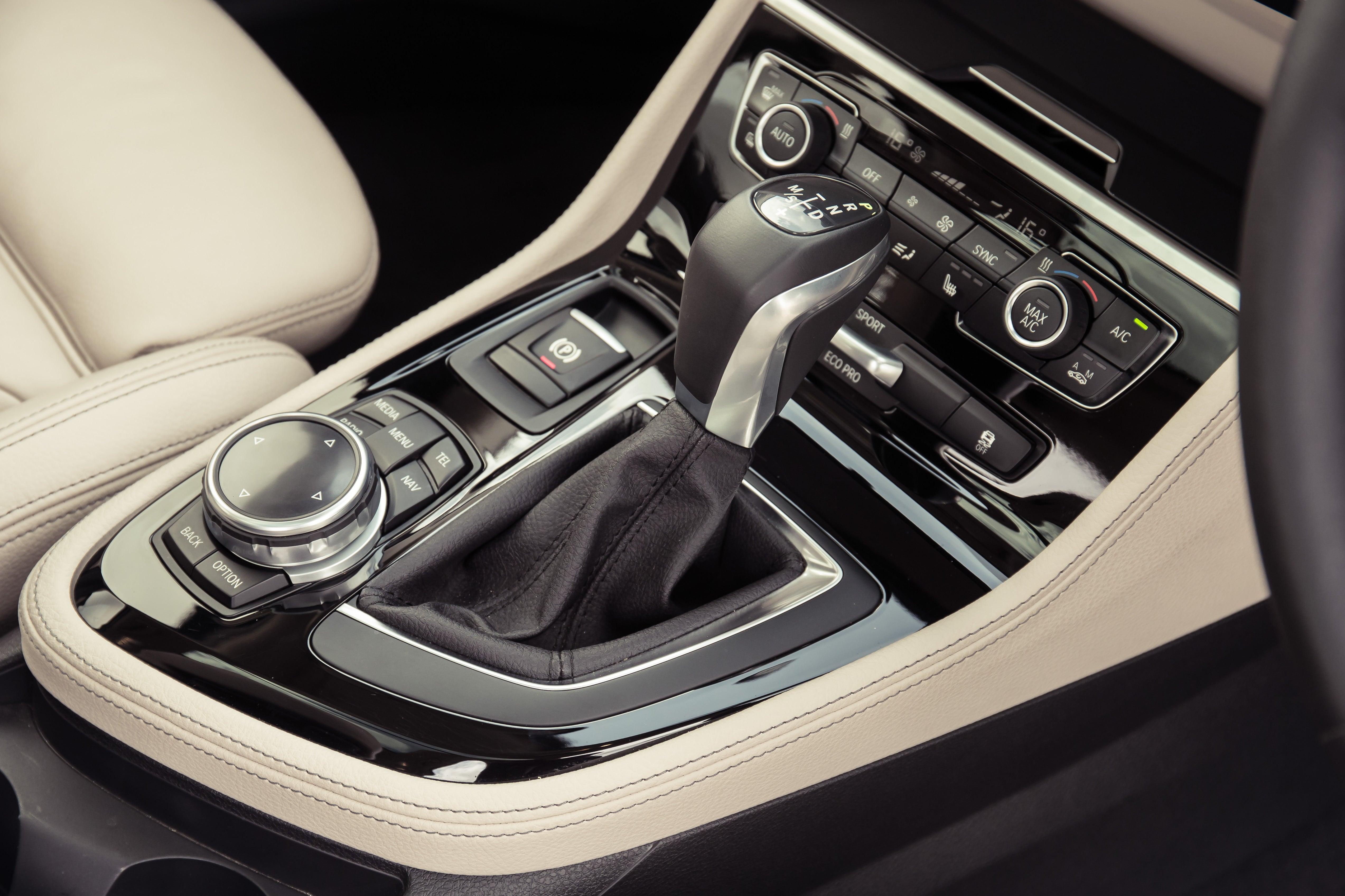 BMW 2 Series Active Tourer Gear Stick
