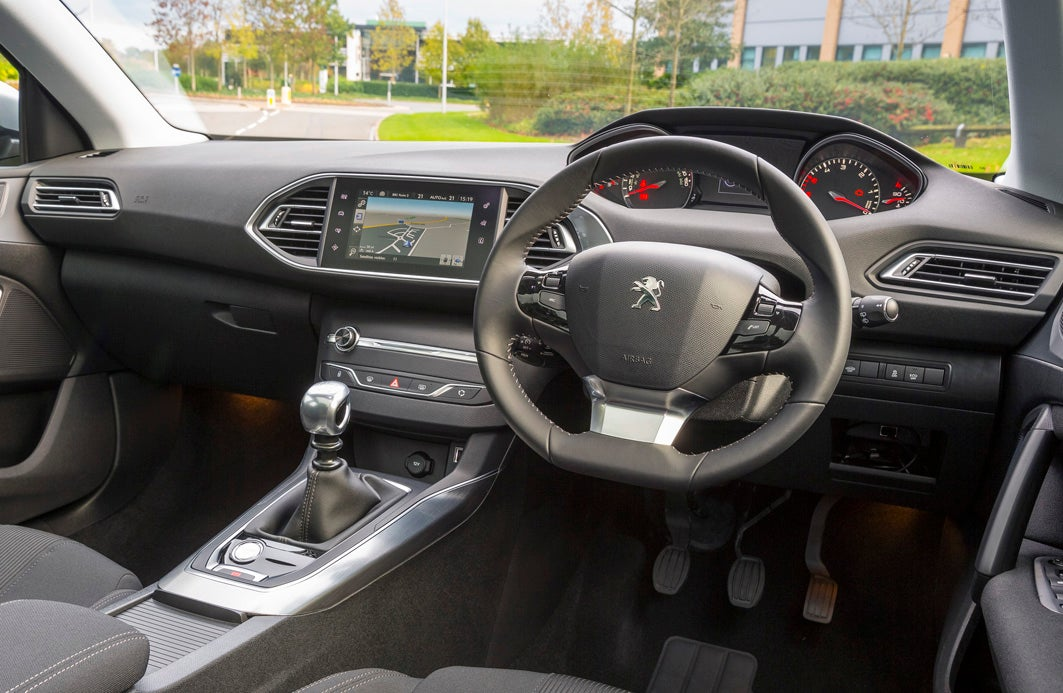 Peugeot 308 Front Interior