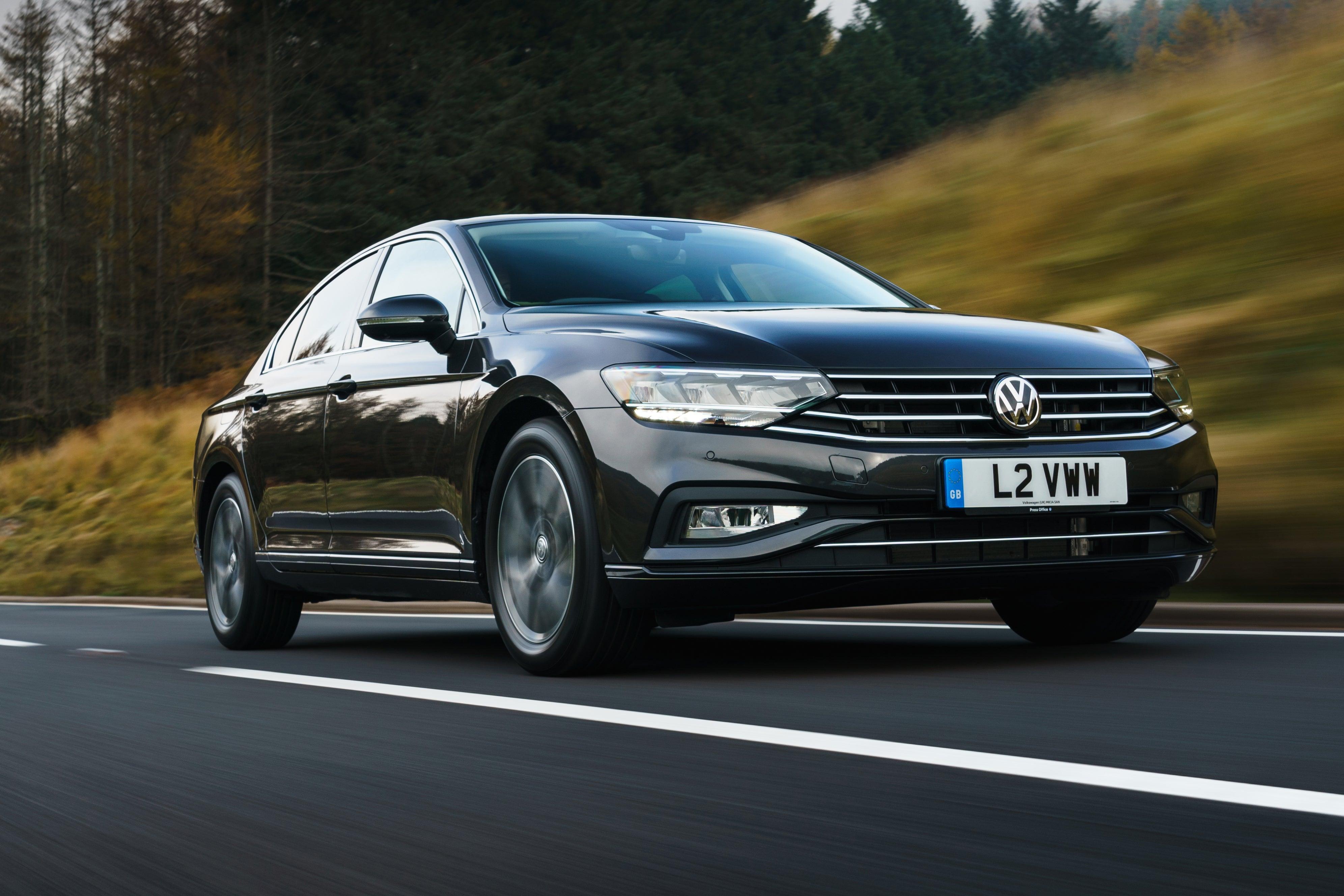 Volkswagen Passat Front Side View