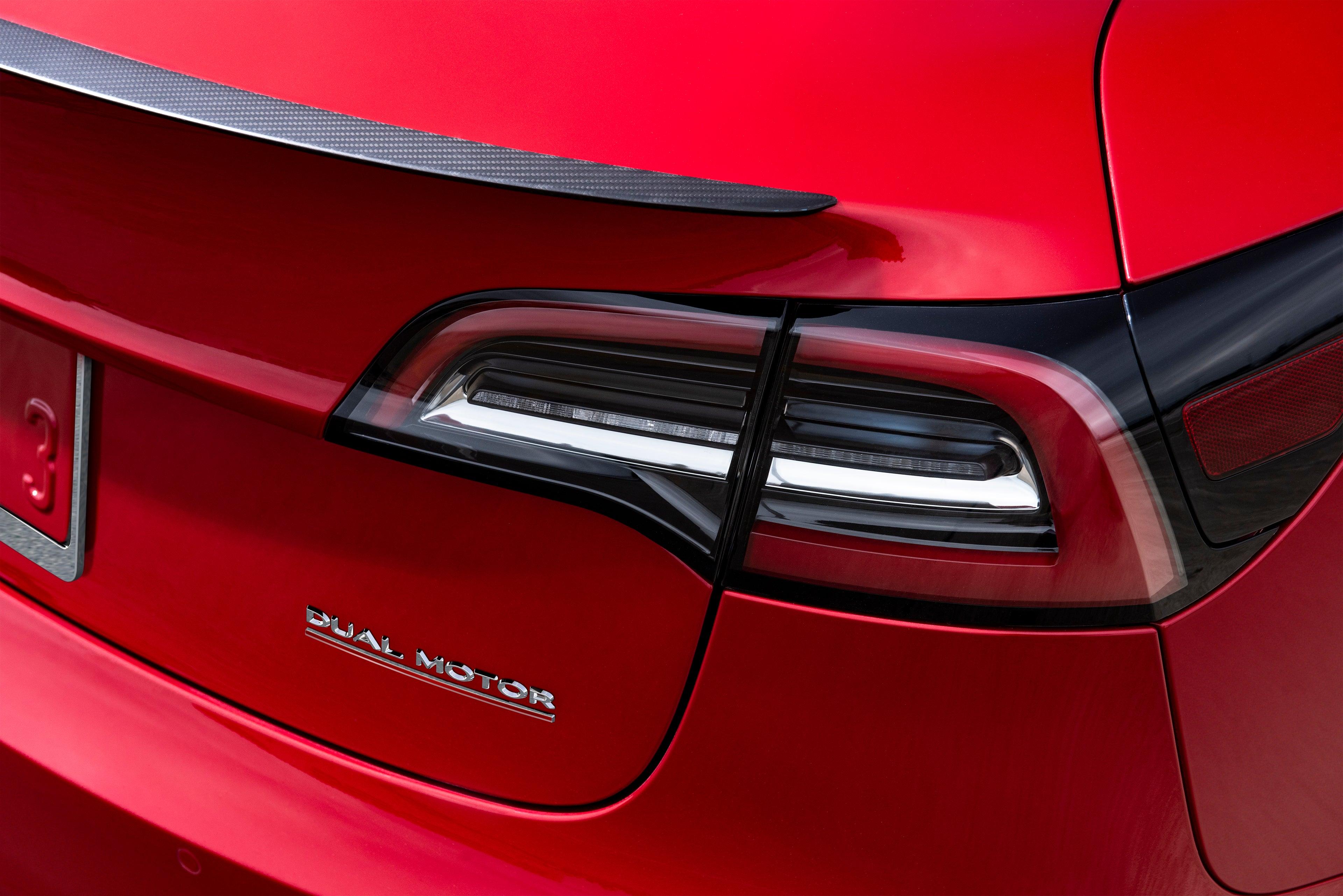 Tesla Model 3 Brakelights