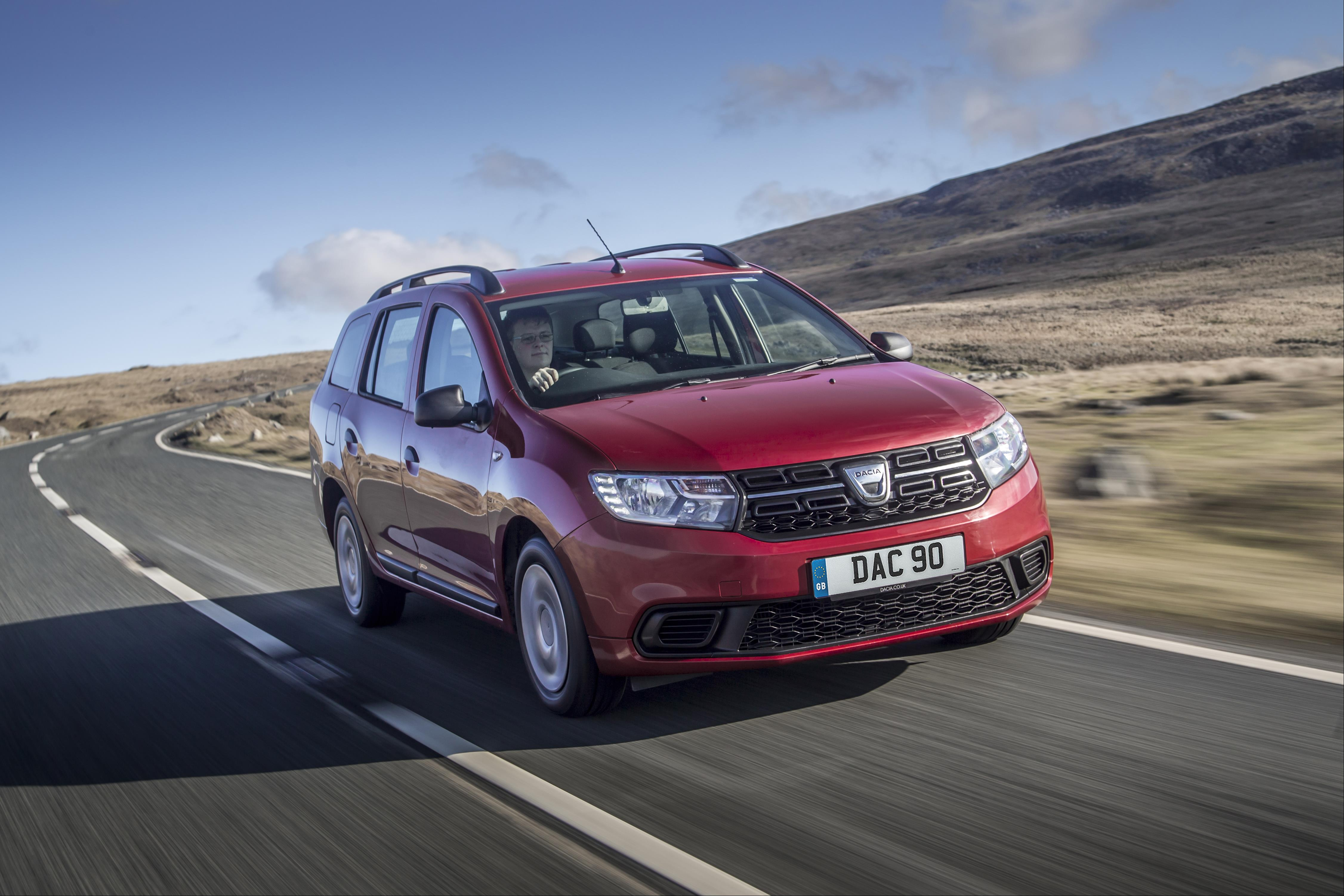 Dacia Logan MCV Driving
