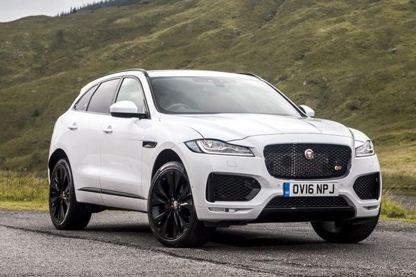Jaguar F-Pace frontright exterior