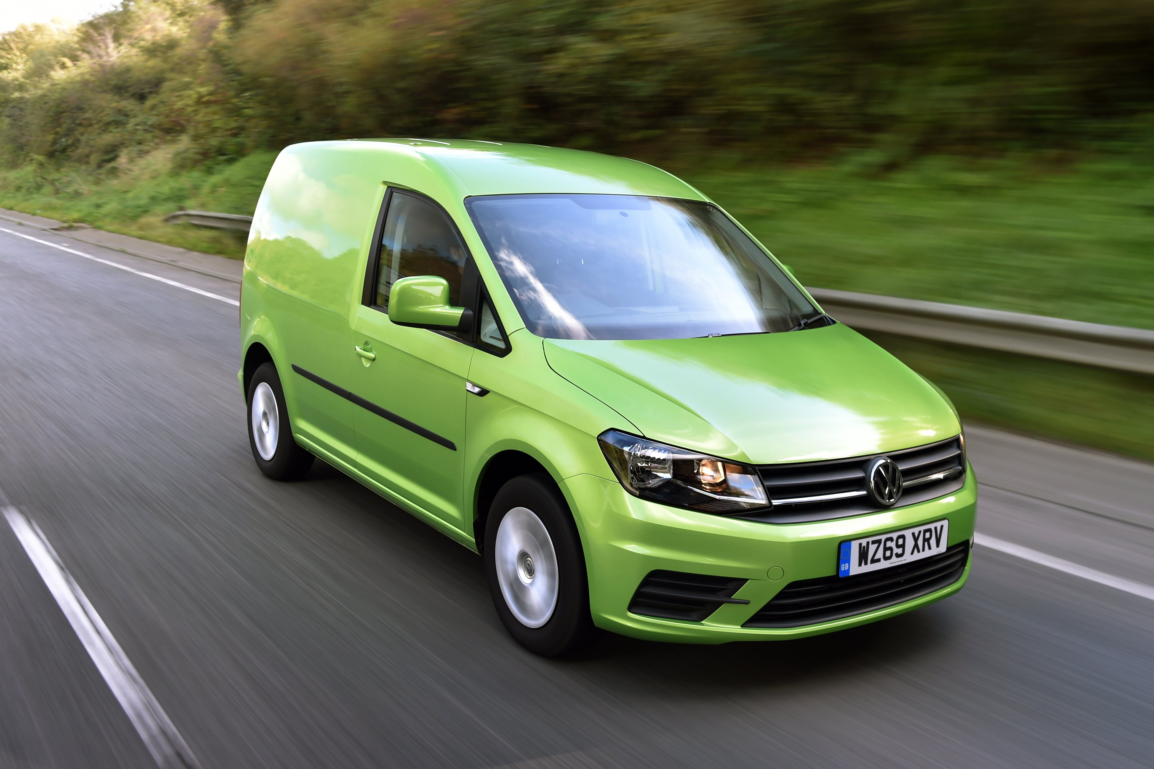 Volkswagen Caddy Front Side View