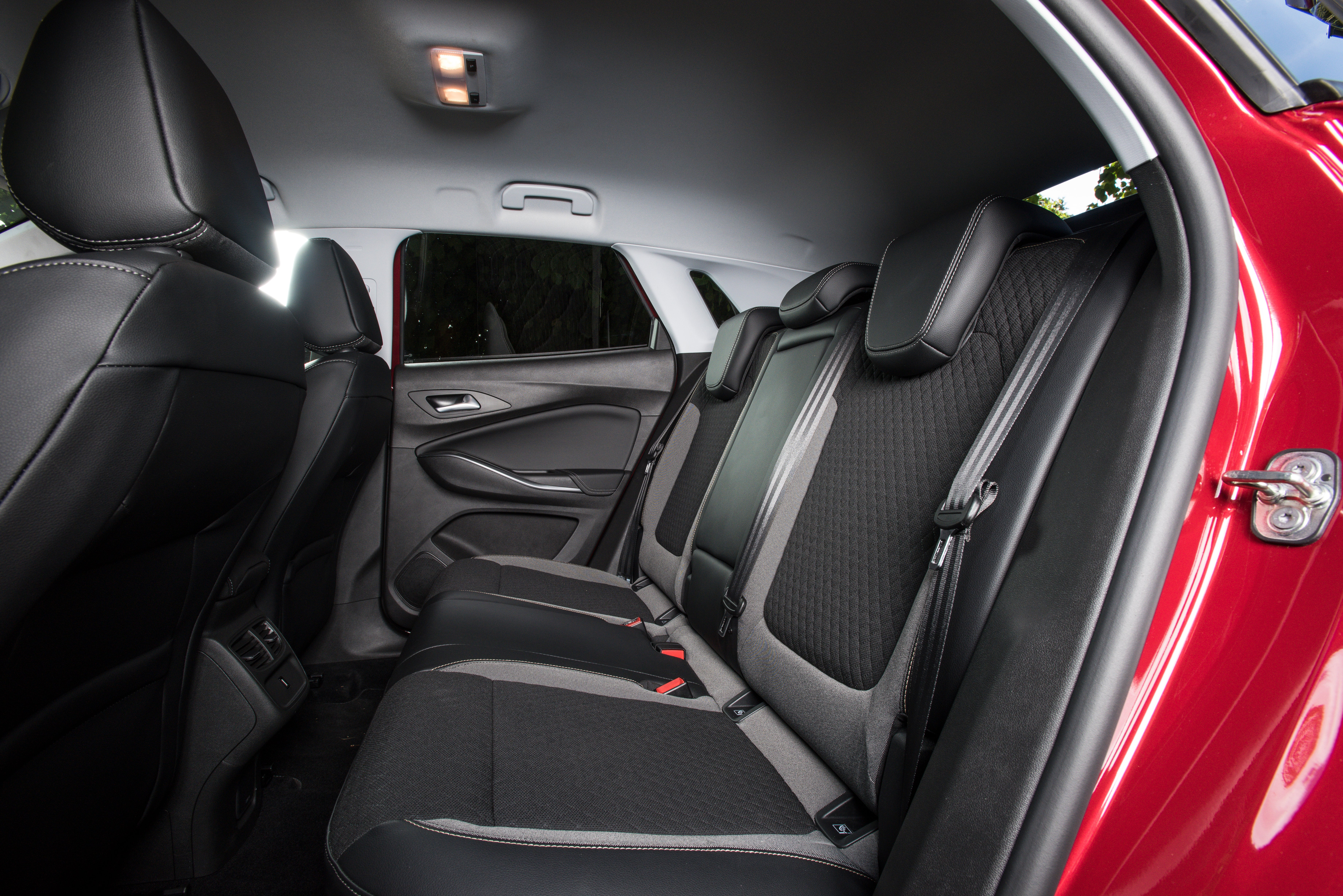 Vauxhall Grandland X Back Car Seats