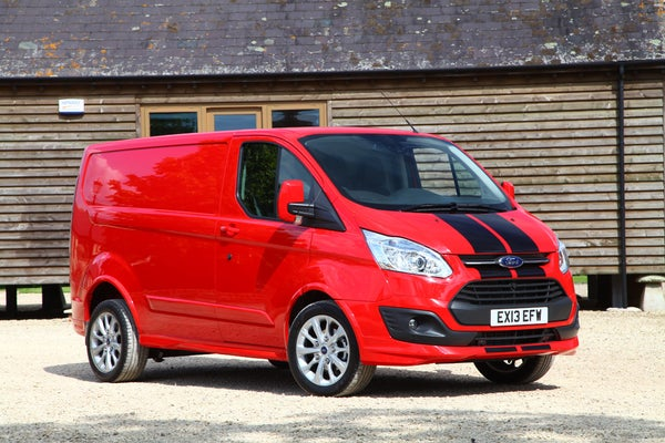 Ford Transit Custom frontright exterior
