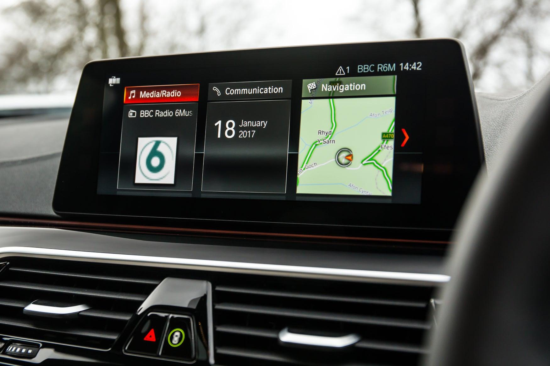 BMW 5 Series screen
