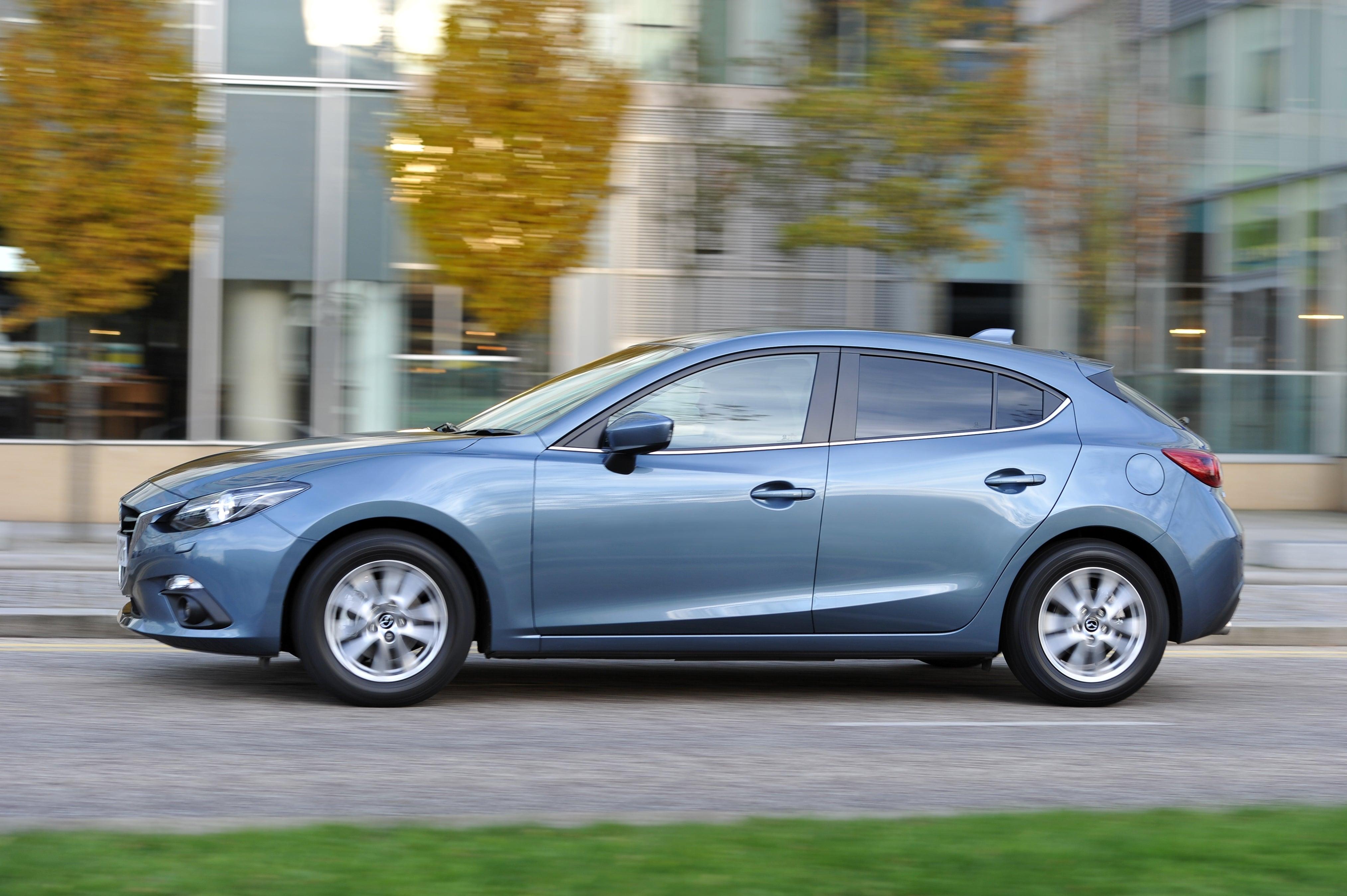Mazda 3 side profile