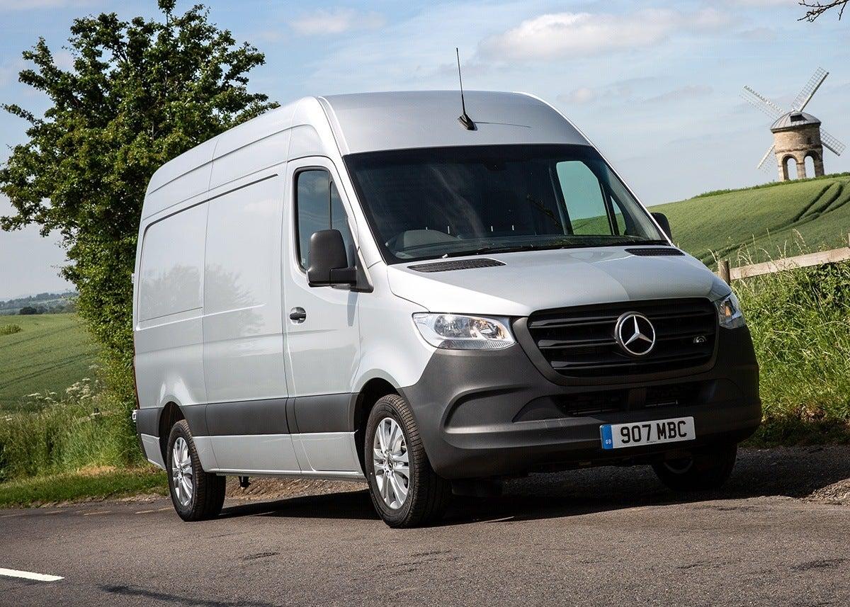 Mercedes-Benz Sprinter 2019 frontright exterior