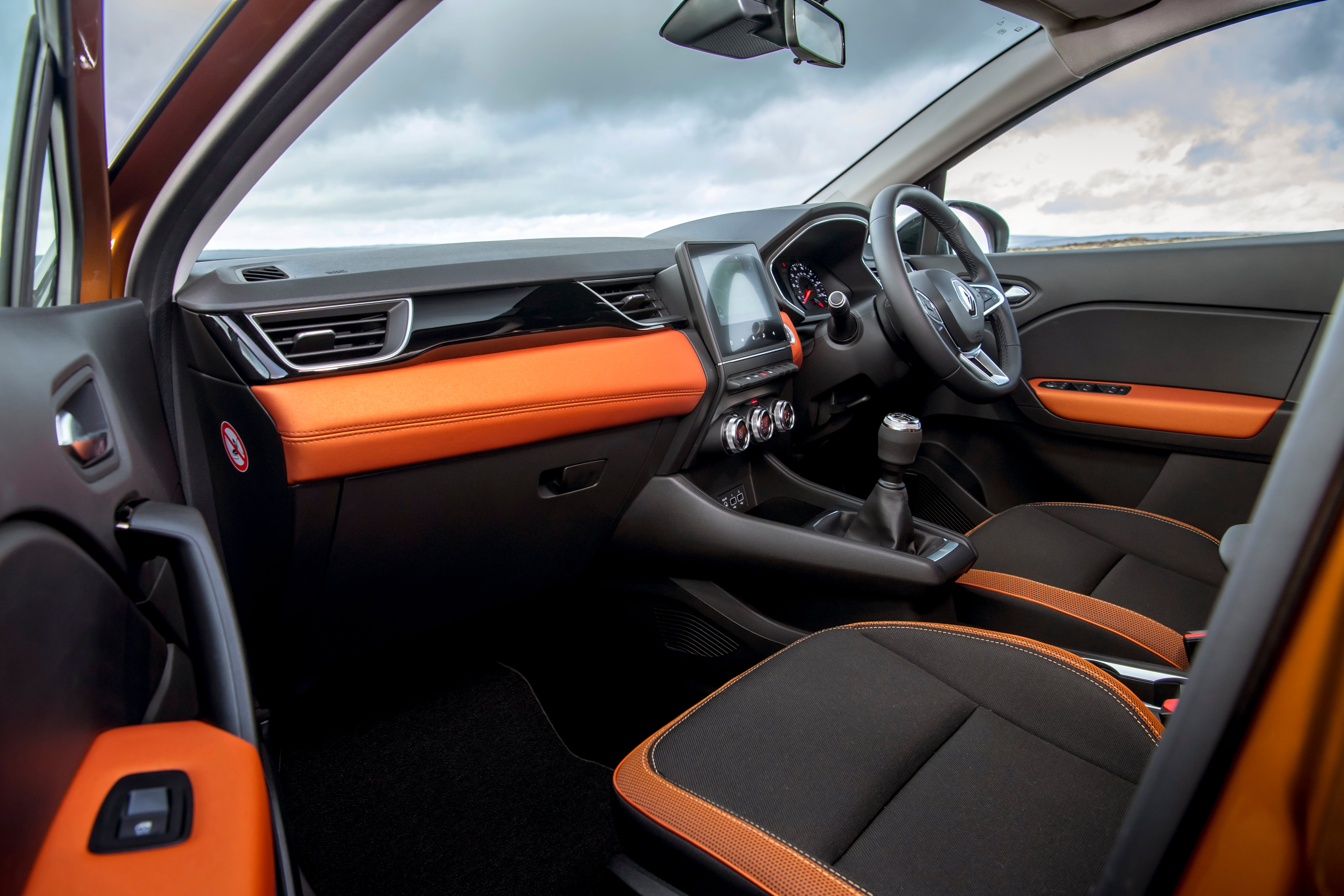 Renault Captur Review 2021: Front interior and passenger space