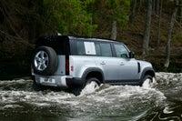 Land Rover Defender 110  right exterior