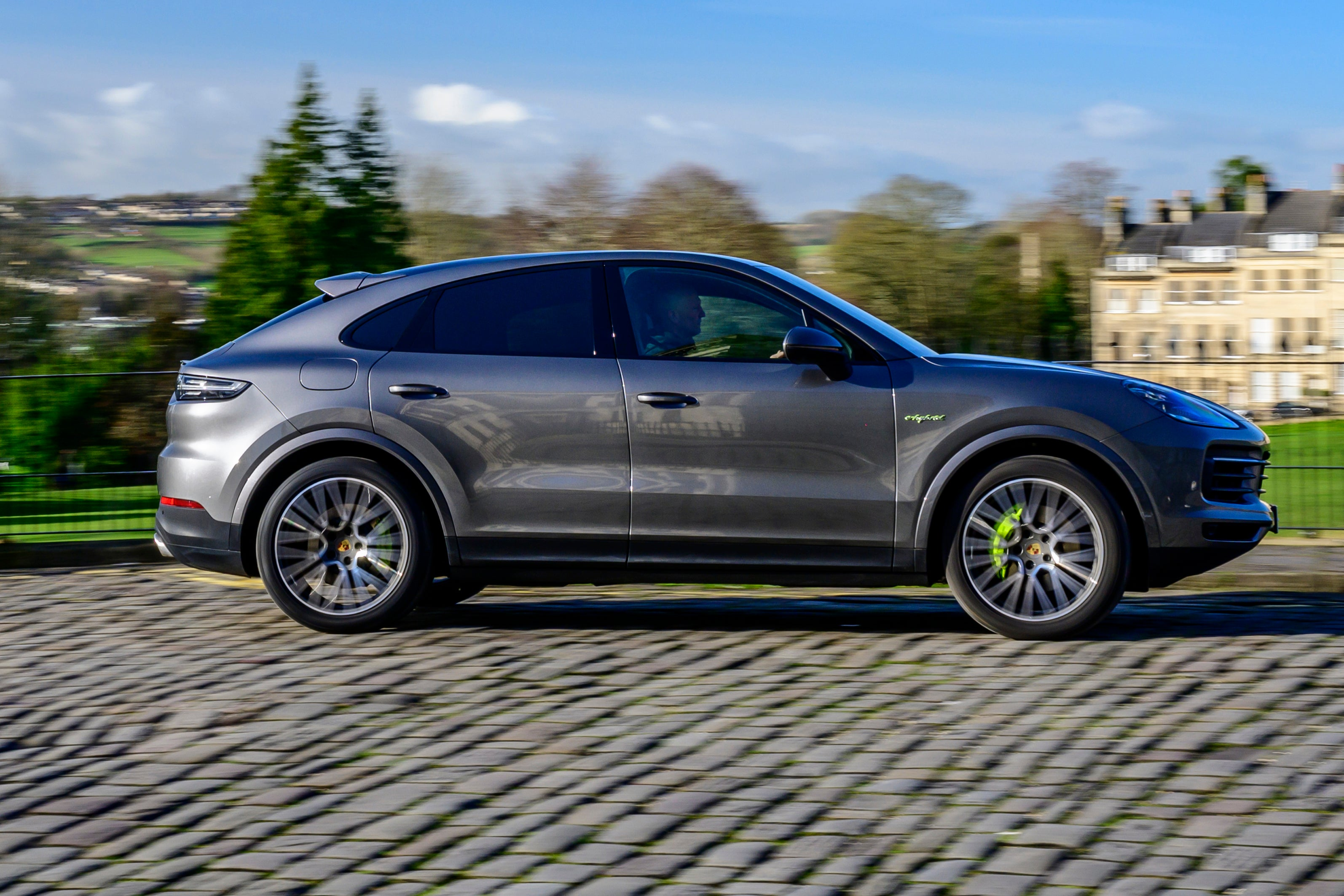 Porsche Cayenne Coupe Right Side View