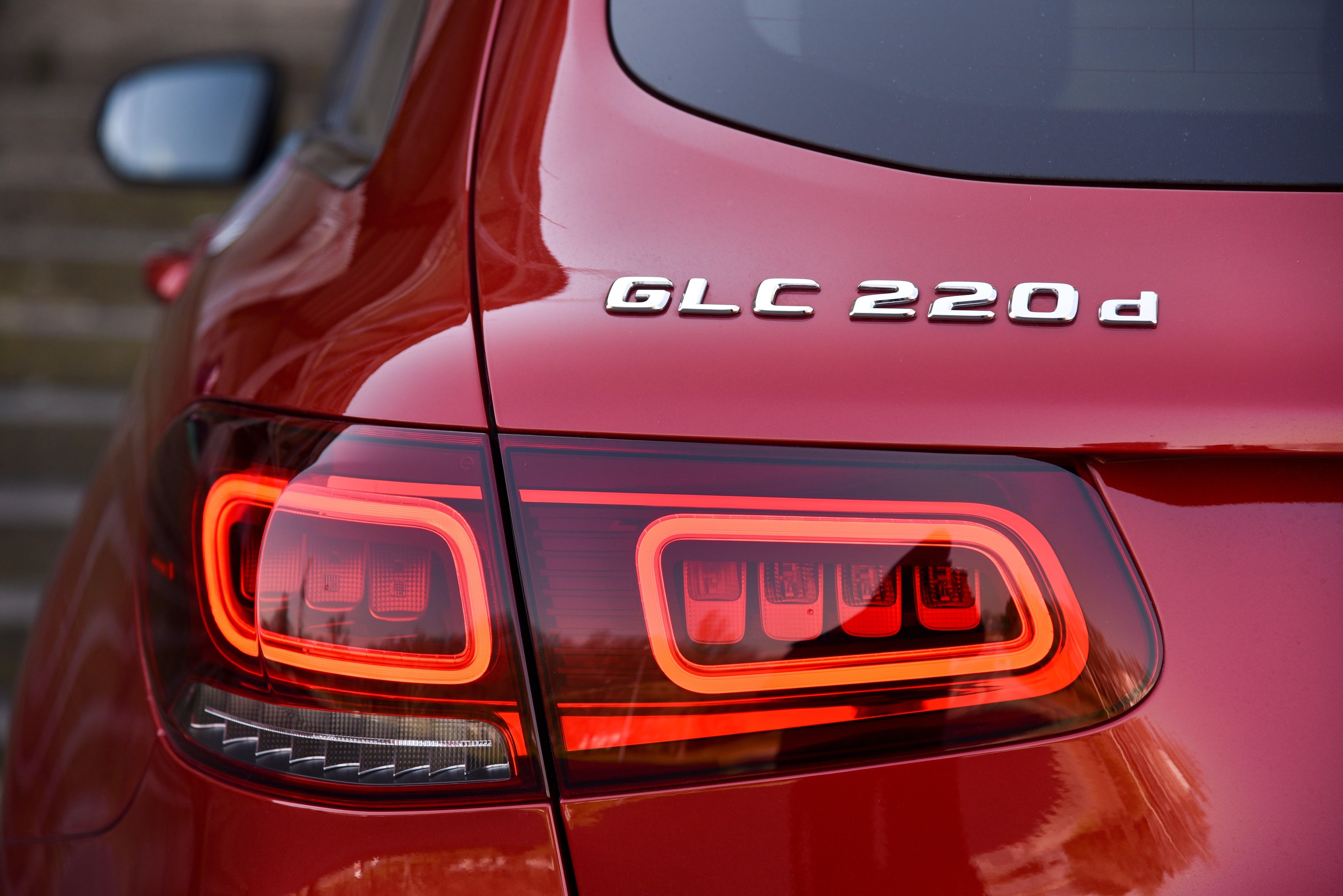 Mercedes-Benz GLC in red - rear lights