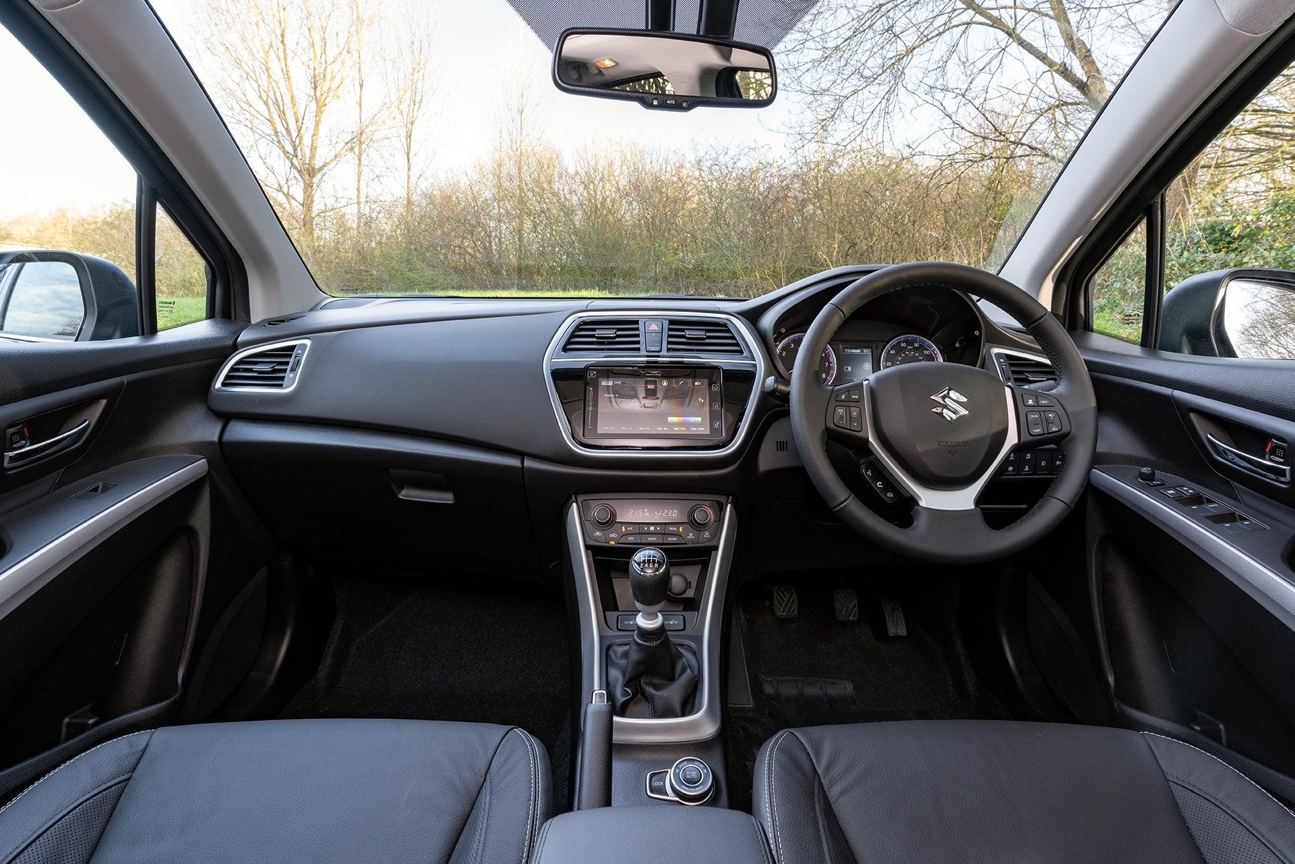 Suzuki SX4 S-Cross Front Interior