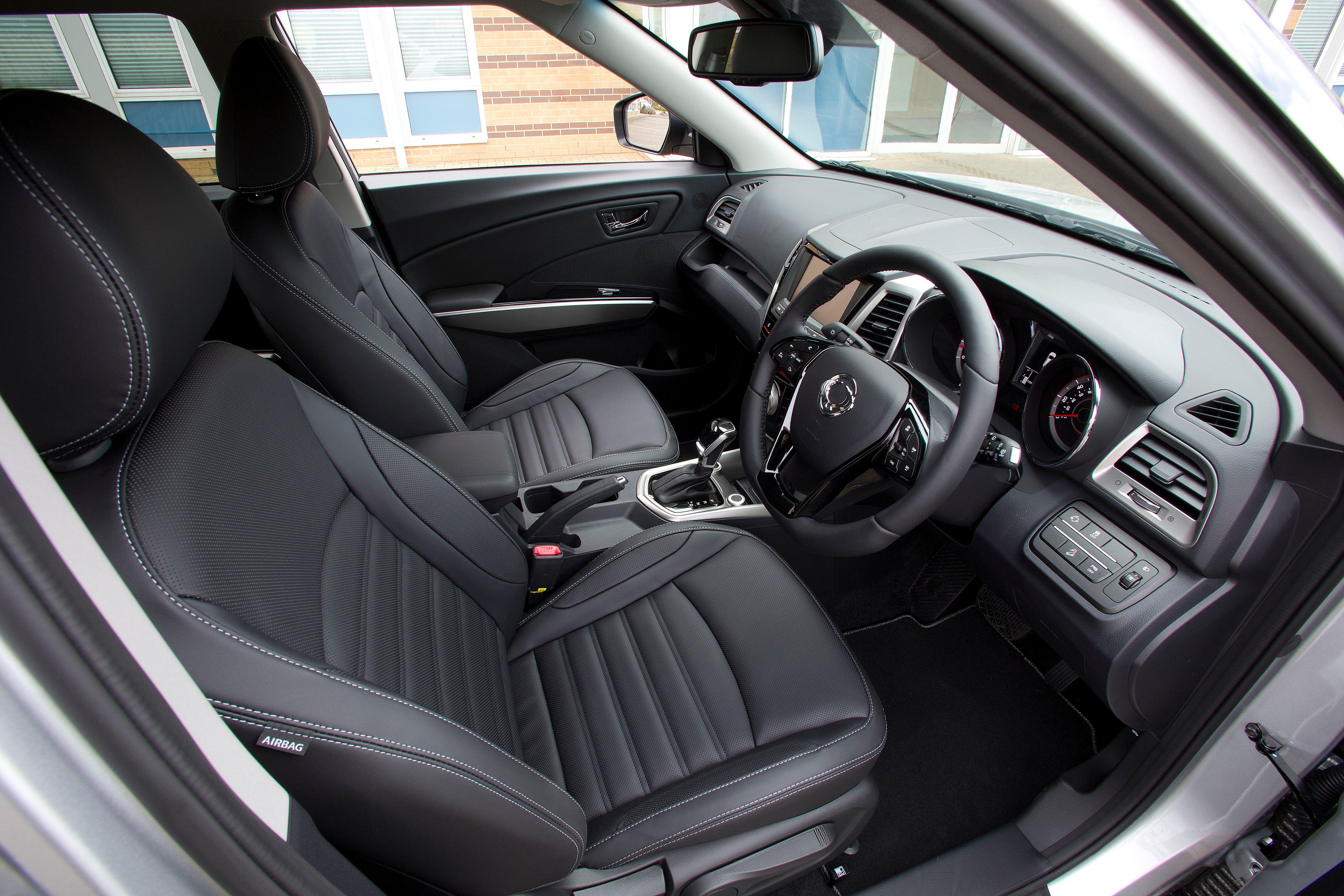 SsangYong Tivoli Front Car Seats