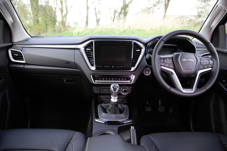 Isuzu D-Max interior dashboard