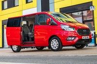 Ford Tourneo Custom PHEV side door