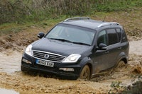 SsangYong Rexton W off road