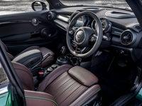 MINI 3 door front interior