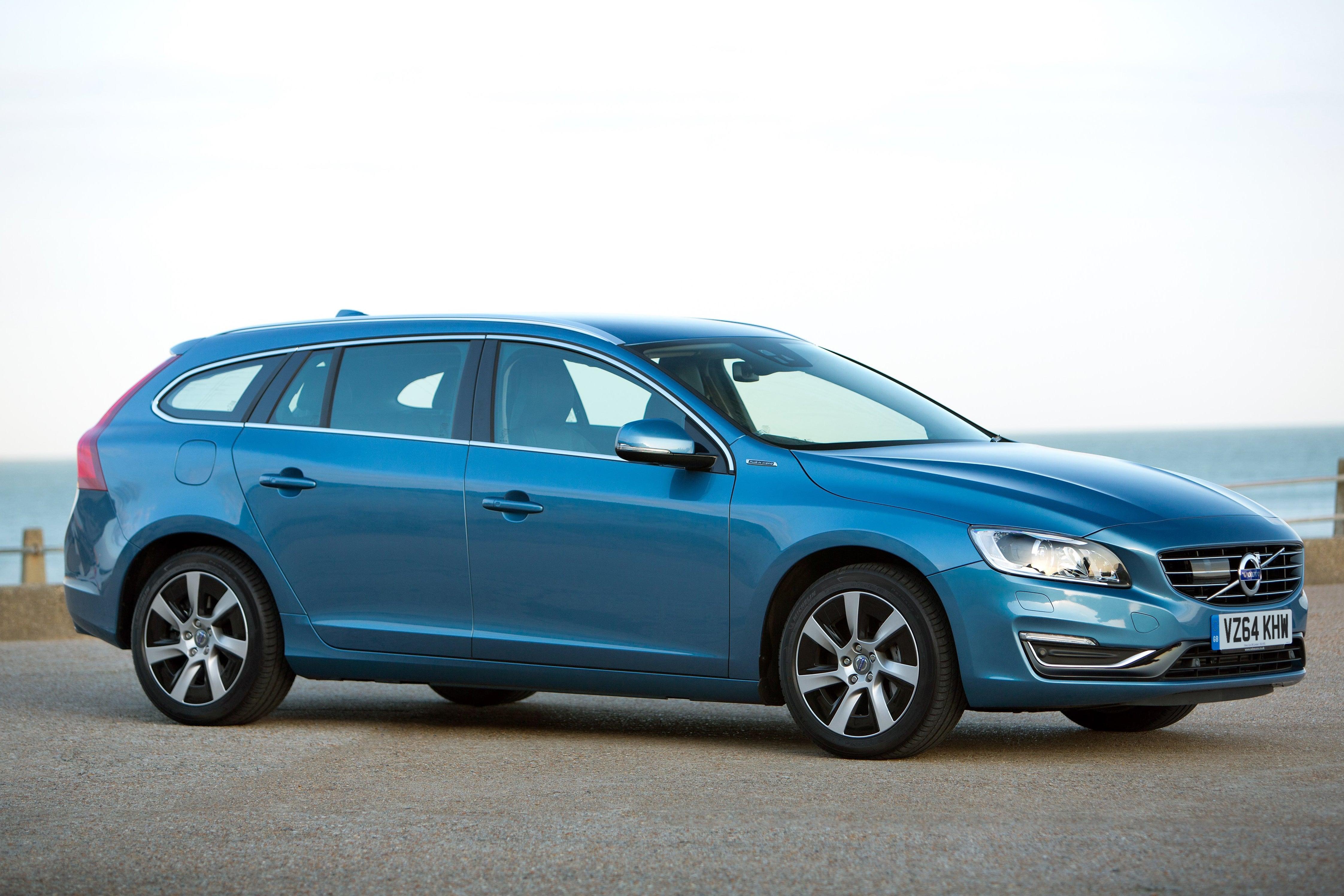 Volvo V60 Right Side View