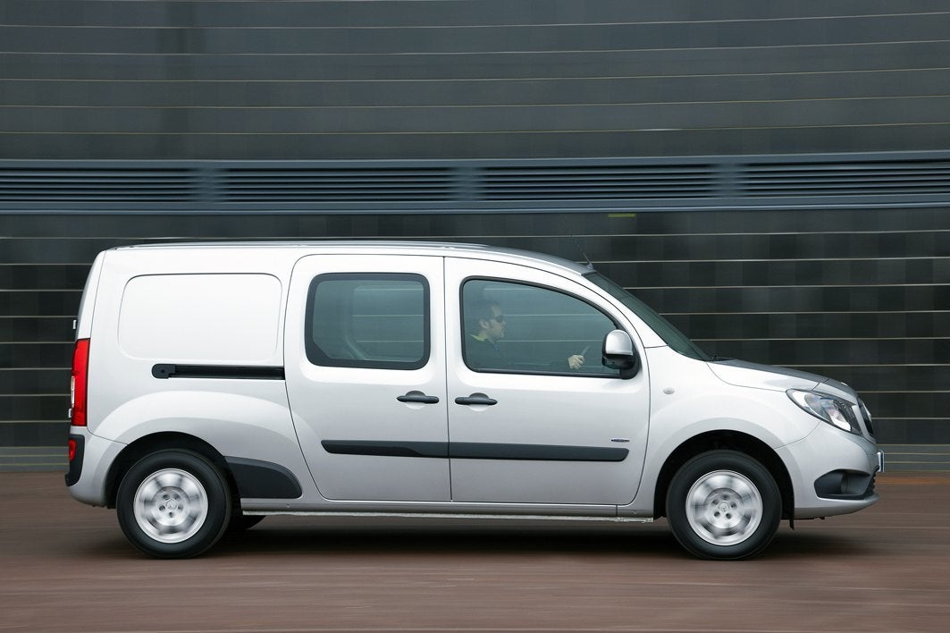 Mercedes-Benz Citan right exterior