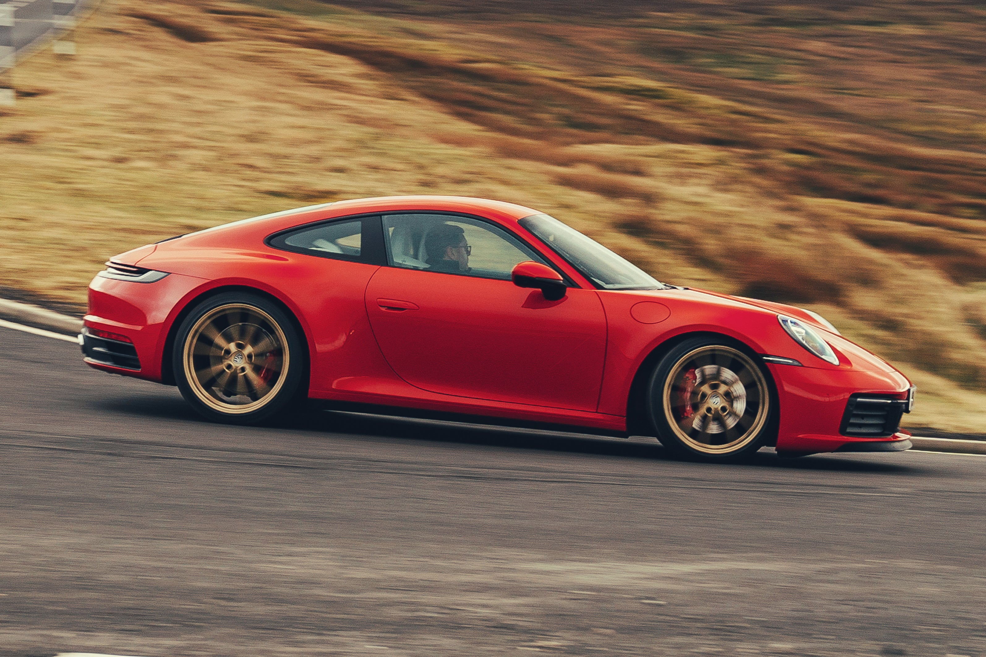 Porsche 911 Right Side View