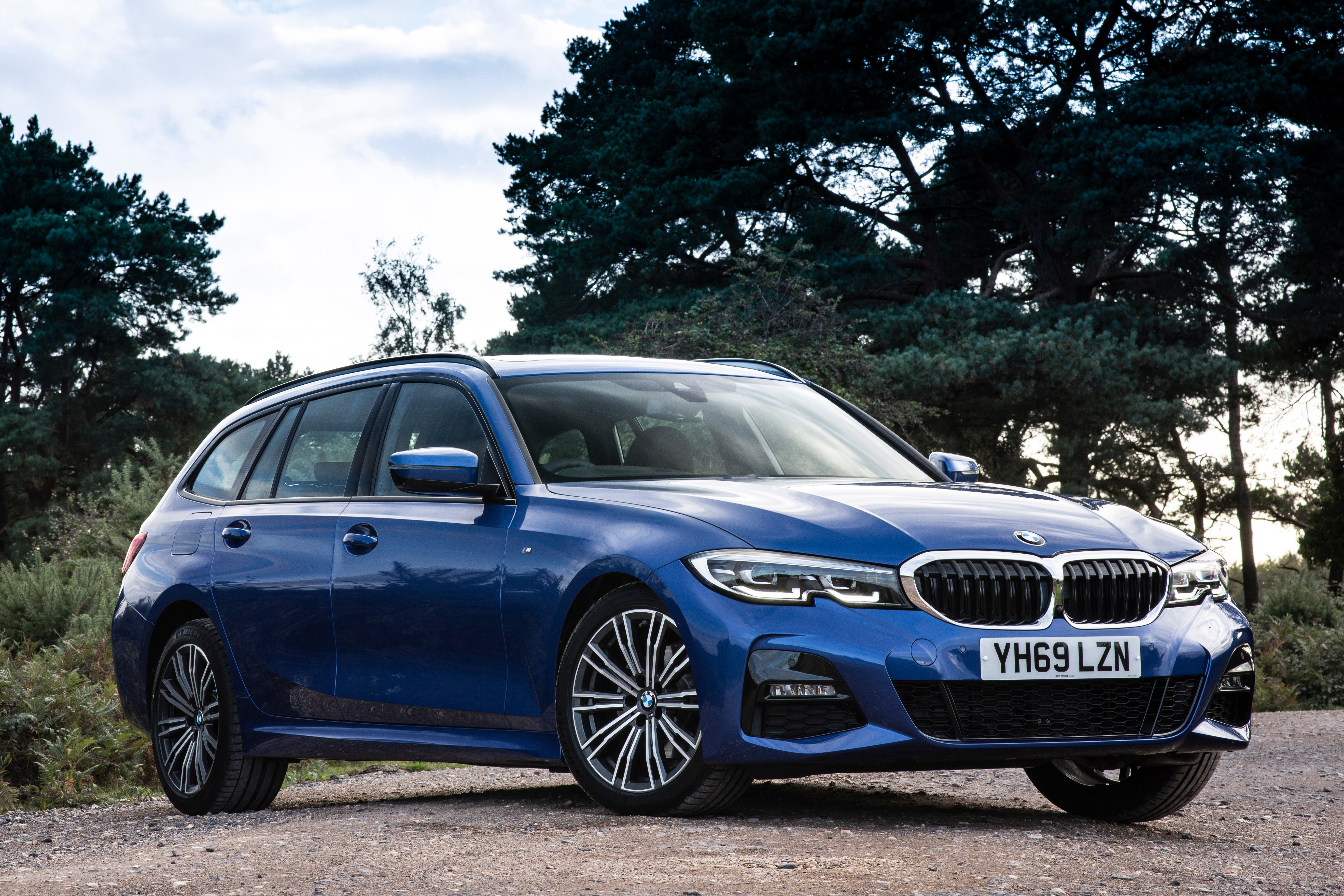 BMW 3 Series Touring Exterior Front
