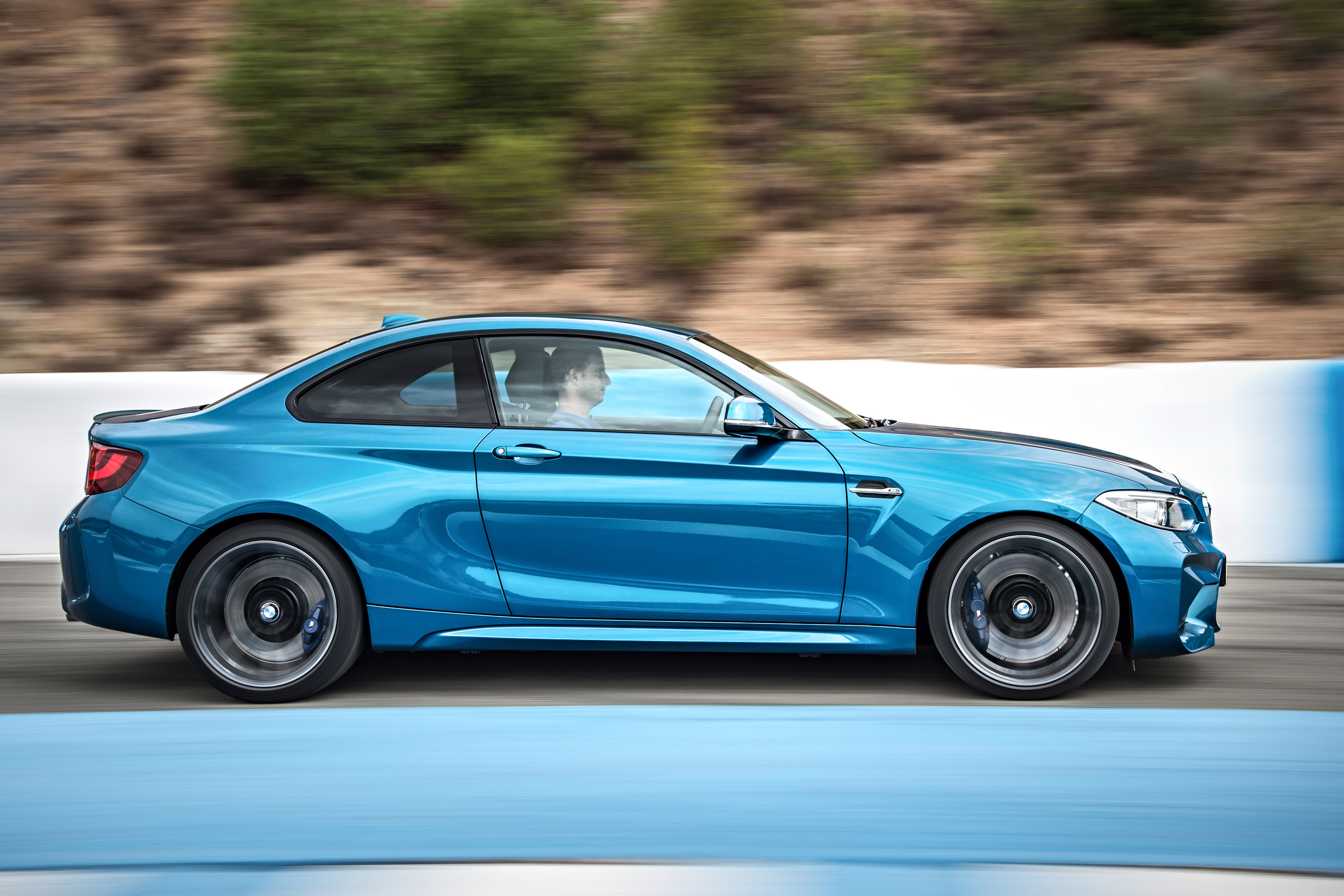 BMW M240i profile