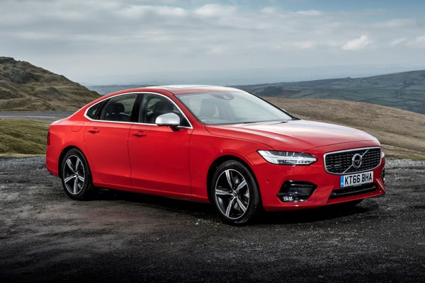 Volvo S90 Front Side View