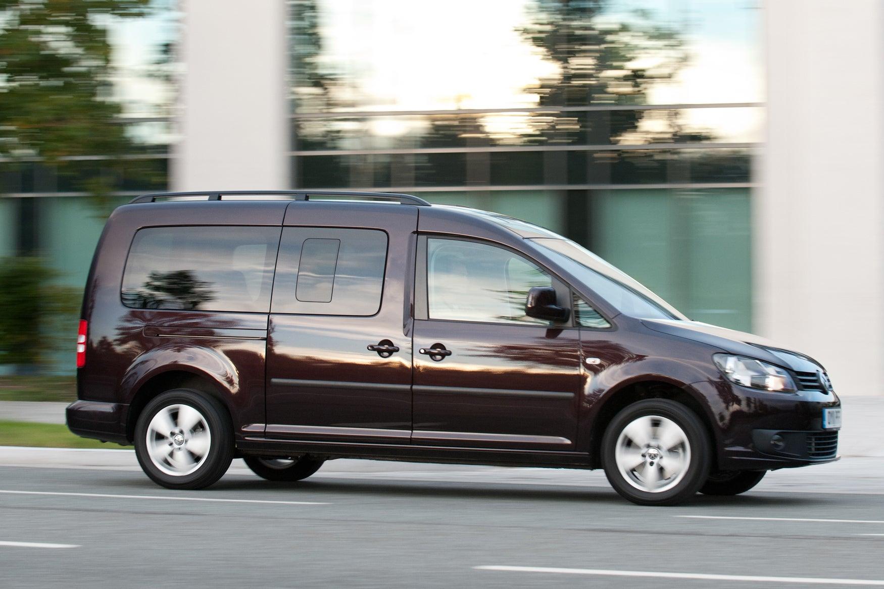Volkswagen Caddy Maxi Life  side