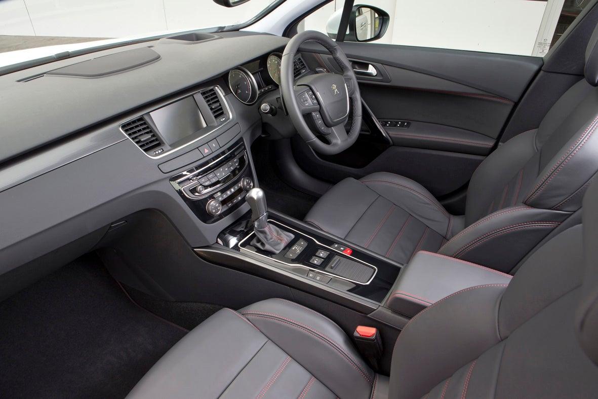 Peugeot 508 Front Interior