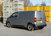 Vauxhall Vivaro Left Side View