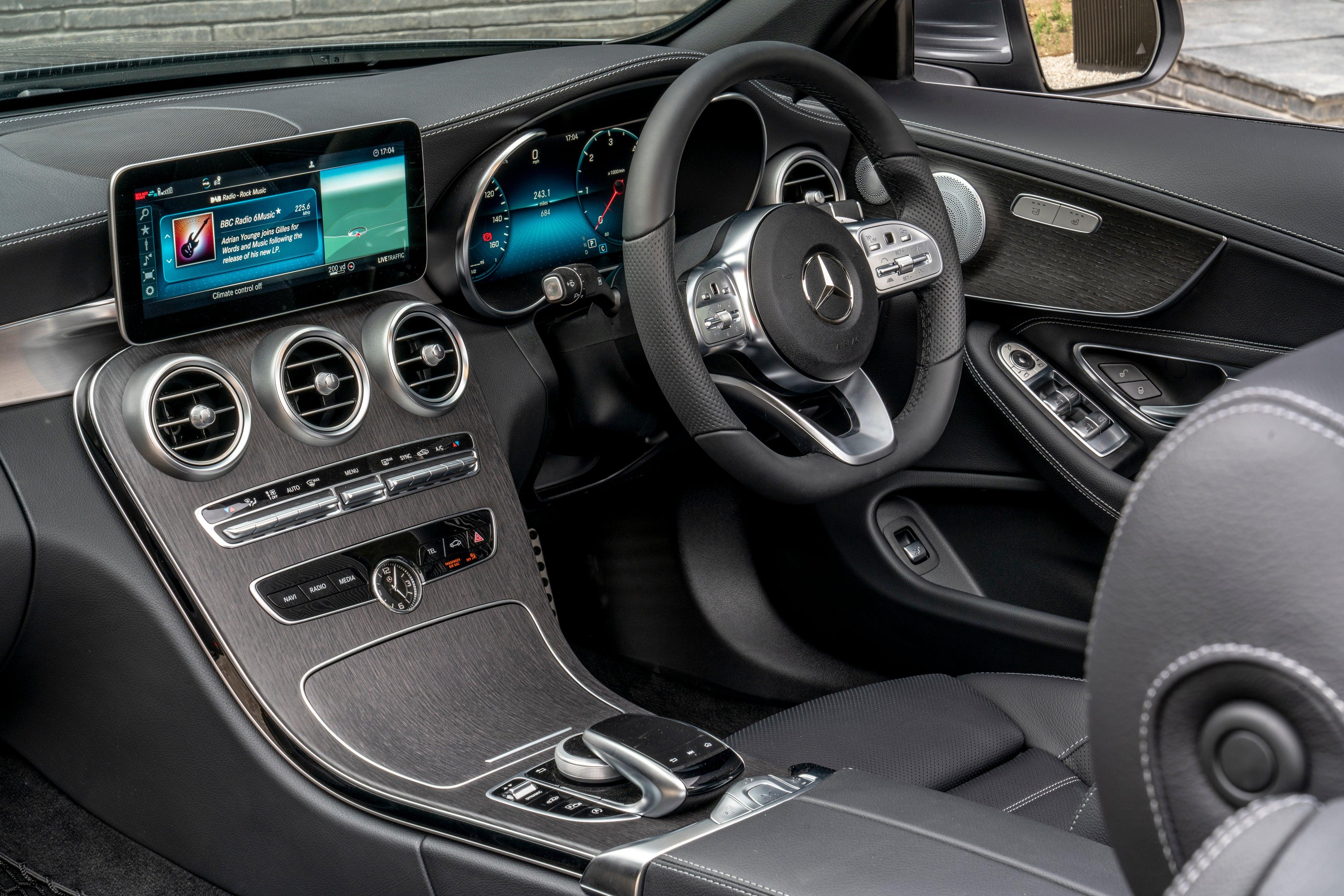 Mercedes C-Class Cabriolet front interior