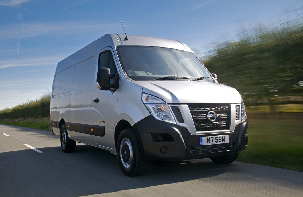 Nissan NV400 frontright exterior moving
