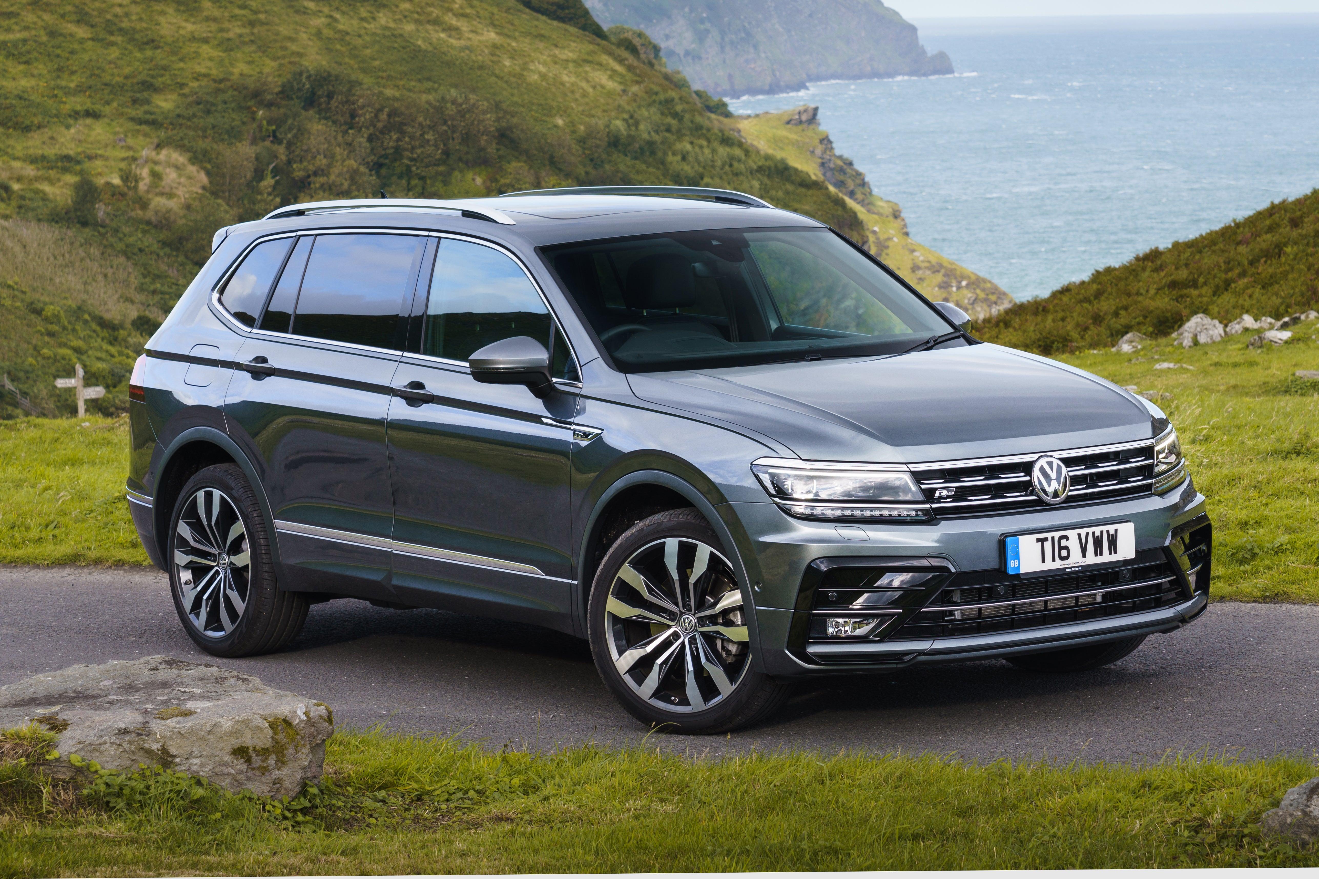 Volkswagen Tiguan Allspace Front Side View