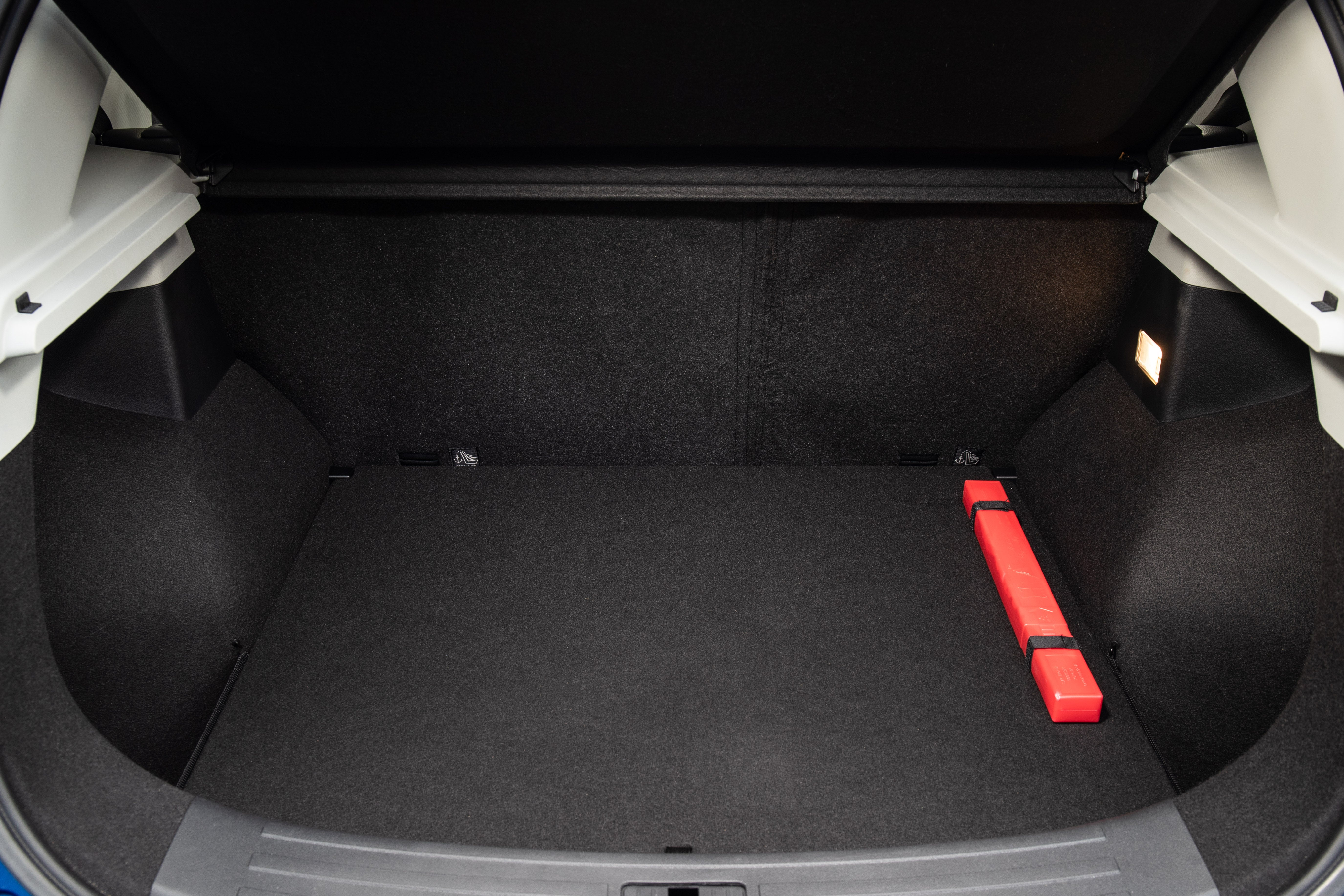 MG ZS bootspace