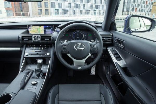 Lexus IS front interior