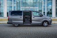 Toyota Proace Verso Right Side View