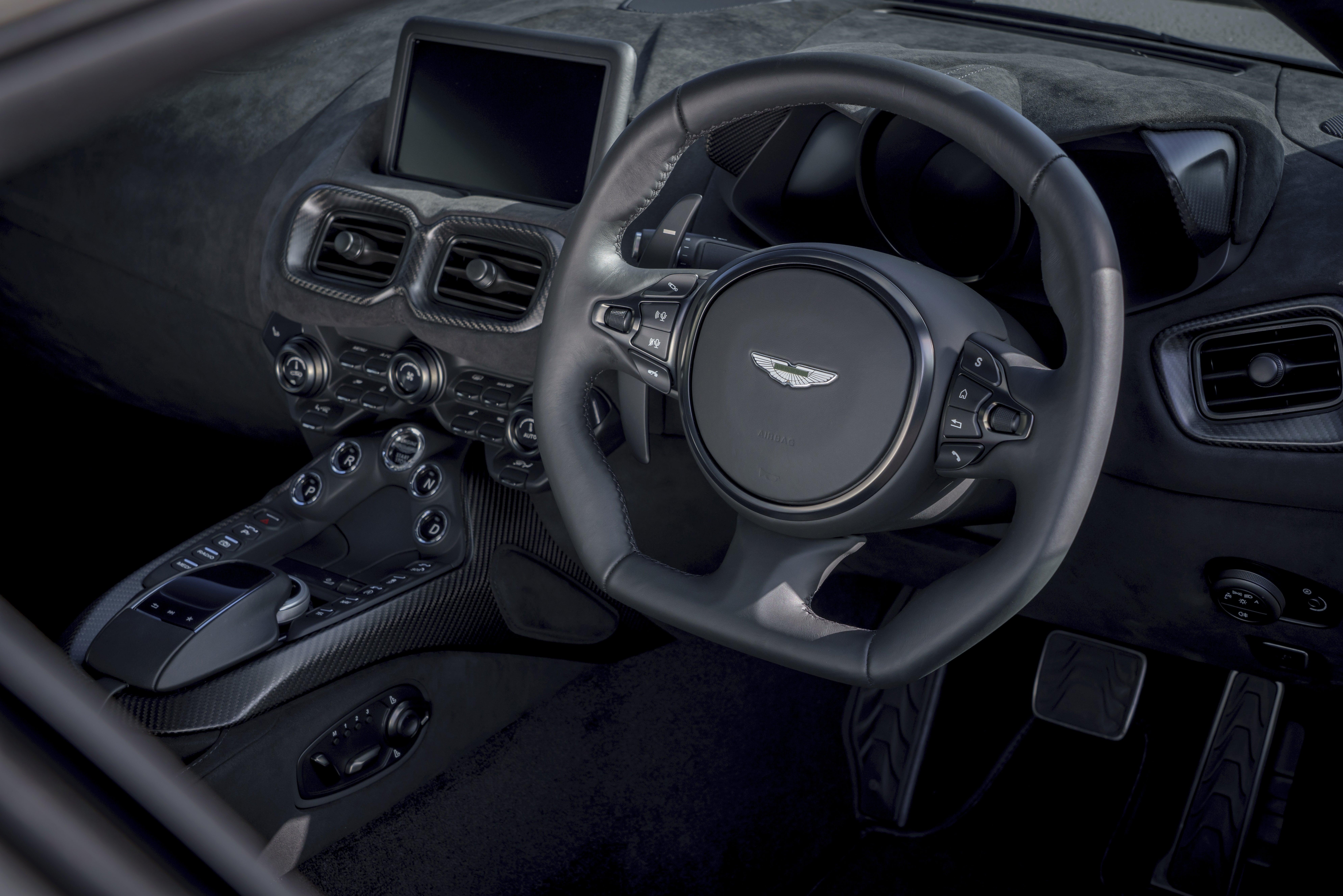 Aston Martin Vantage Interior