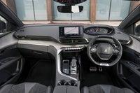 Peugeot 5008 2021 interior